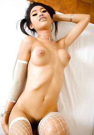 Naked Thai shemale Wawa using toys to fuck her tight nasty asshole