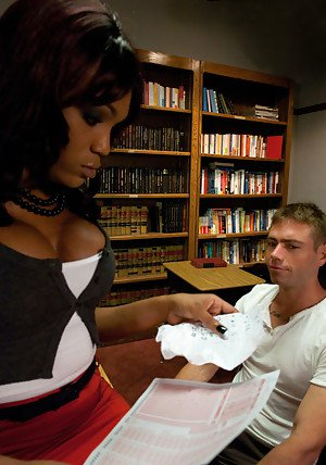 Big tit Ebony tranny Star deep dicking a guy's bum in her office