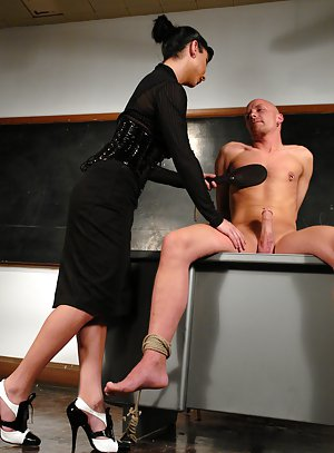 Hot brunette shemale Ariel Everitts butt fucking in her classroom