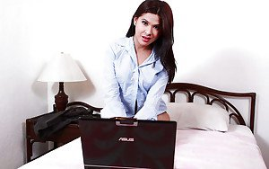 Chubby Filipina ladyboy chatting on-line with potential sex partners