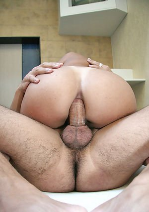 Big ass Latina shemale Lucimara deepthroating a cock and ass fucking