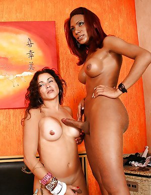 Latina shemale on shemale orgy with Aline Fontinelly and Gyslene Rodrigues